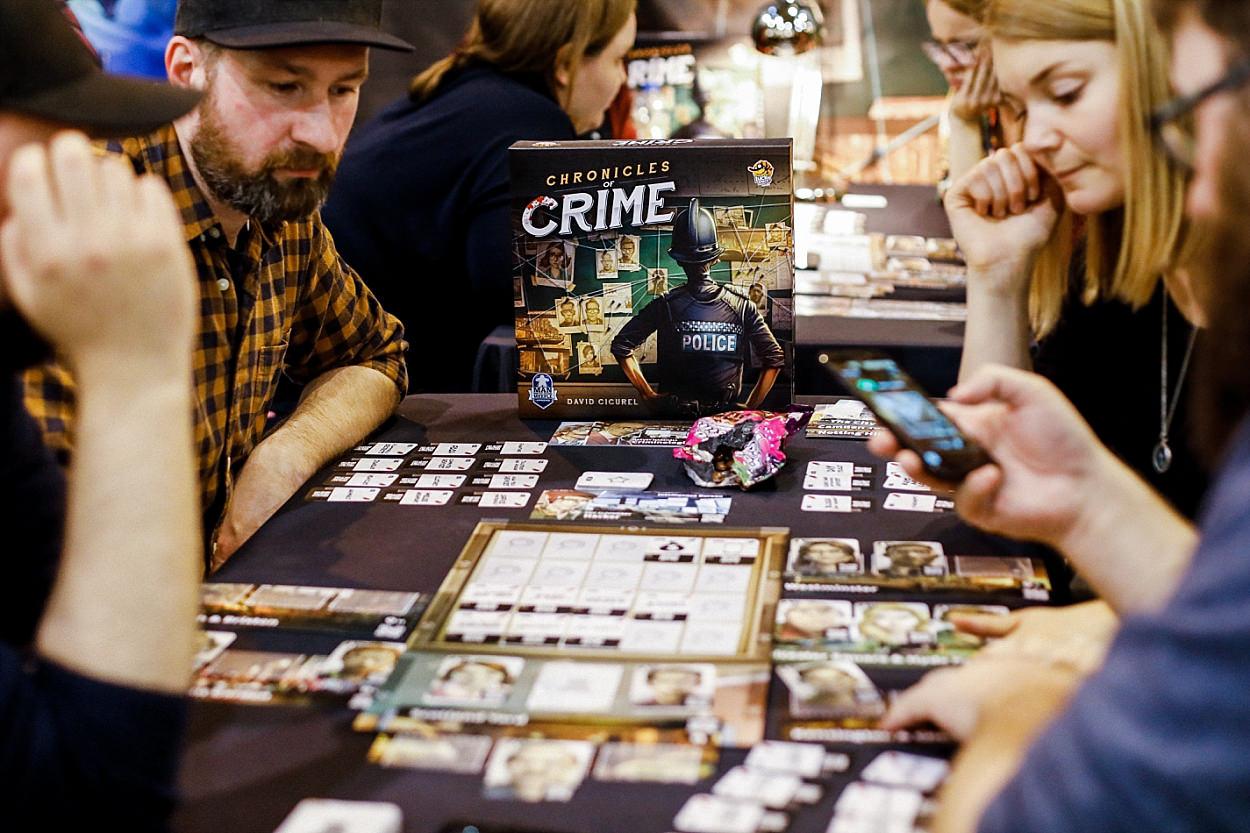 Messe Essen Spiel 2018 Asmodée jeu de société Iello Matagot ludiste chronicles of crime