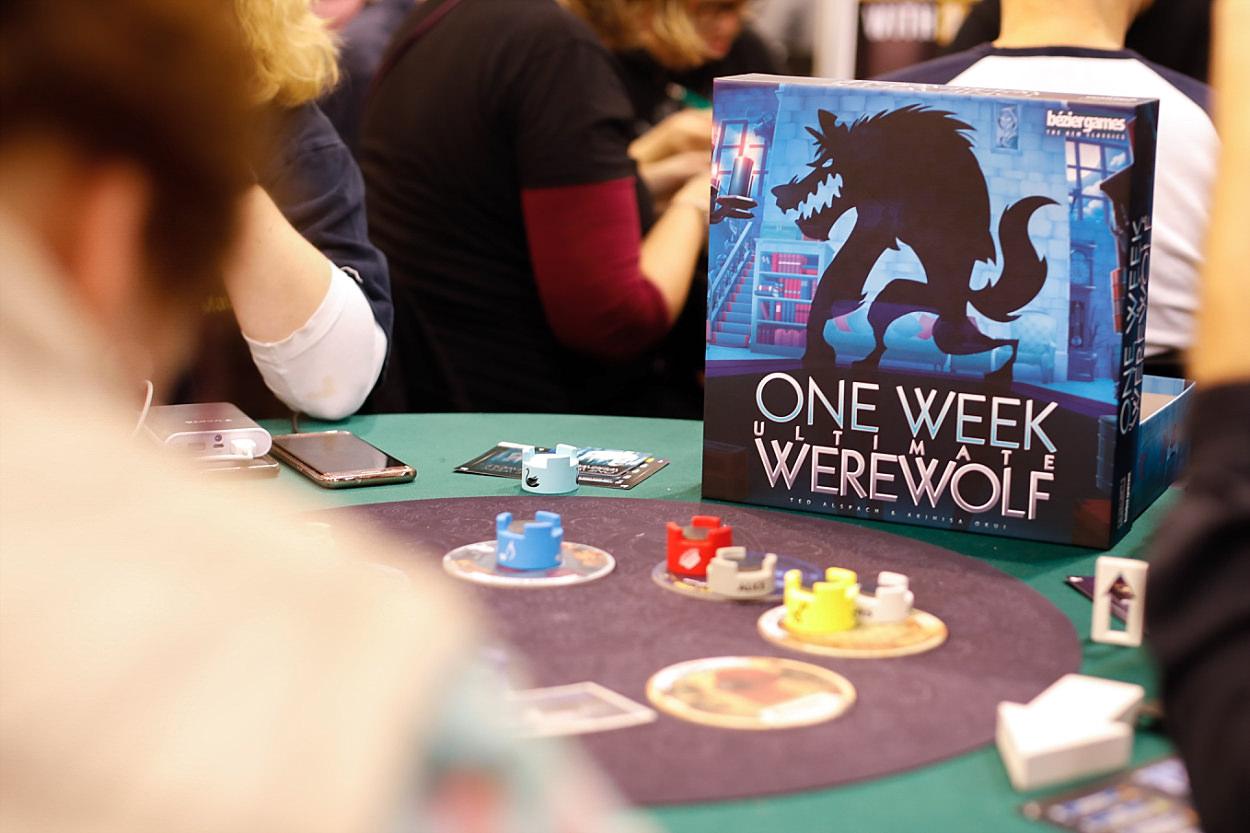 Messe Essen Spiel 2018 Asmodée jeu de société Iello Matagot ludiste werewolf