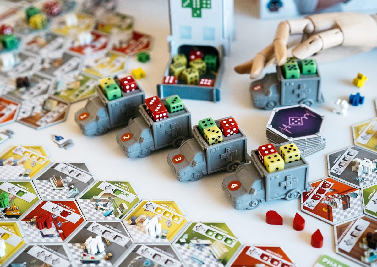 Dice Hospital deluxe